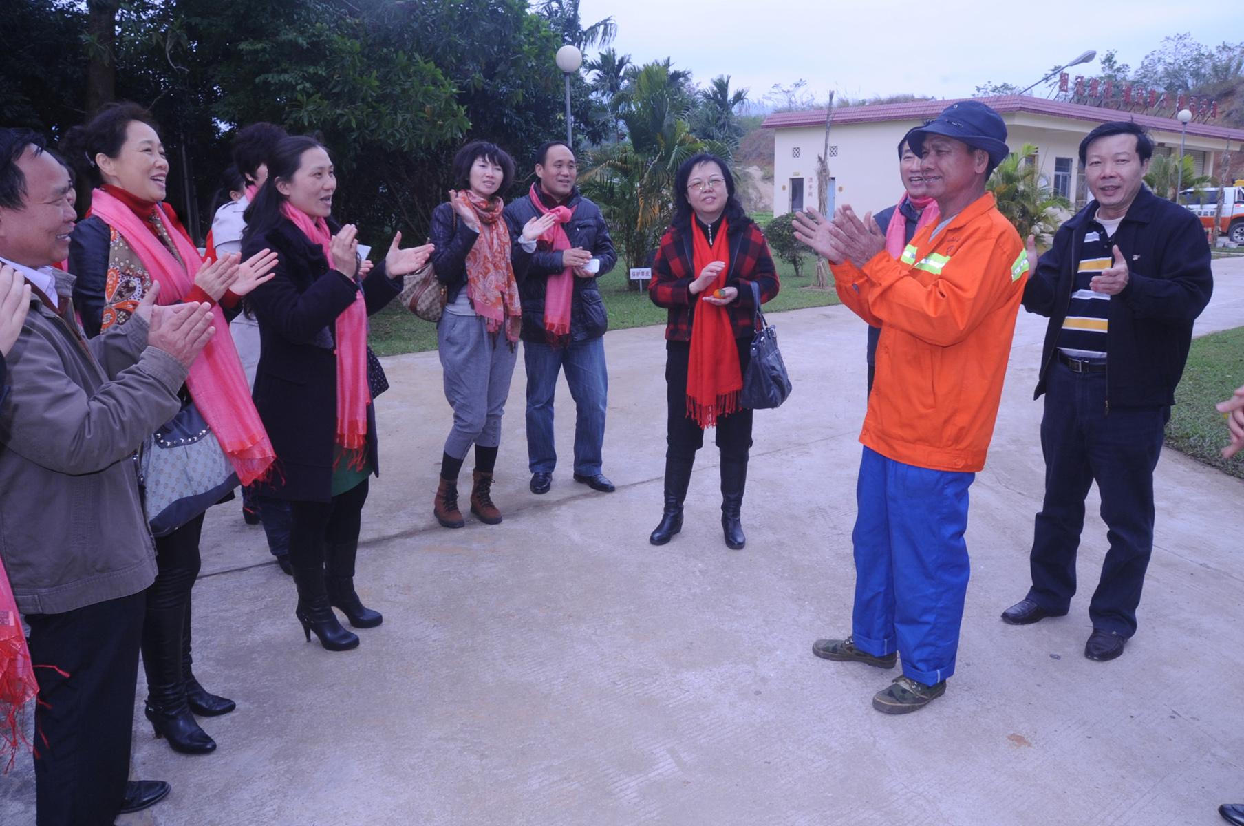 省直机关宣讲团文化传播志愿者赴毛阳,儋州宣讲慰问掠影