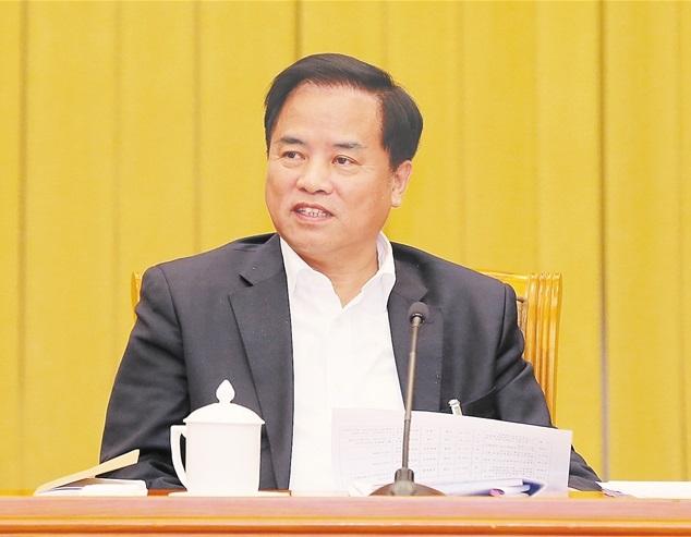 刘赐贵:把党的十九大精神和中央决策部署落到实处